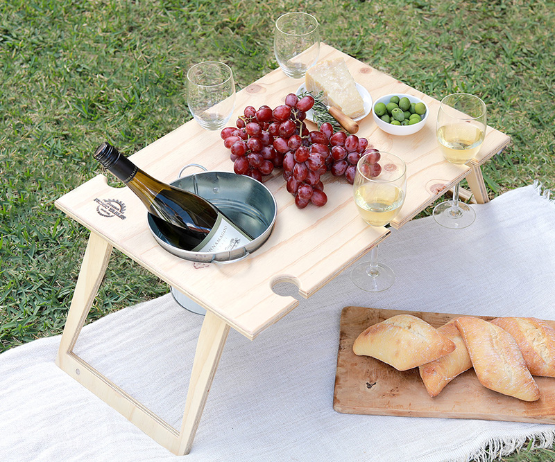 Picnic Baskets Rugs And Outdoor Entertaining Quality