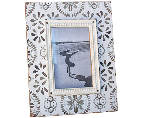 Buy photo & picture frames online - A3, A2, A4 plus more available