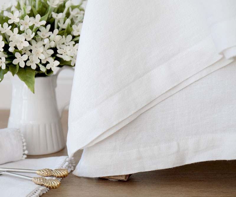 Quality Table Linens Available Online